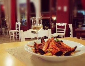Seafood pasta, Traditional Taverna Agkali, Lefkimmi
